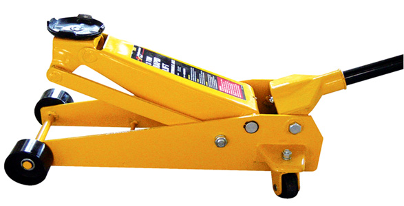 three ton hydraulic jacks Imported Hydraulic Jack Machine For Lifting Car, Mumbai, India
